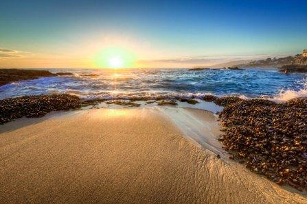 AlikGriffin_Victoria_Beach_Low_Tide_Beach_Photos_0-900x600